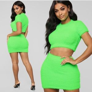 Rare neon green fashion nova fuzzy set